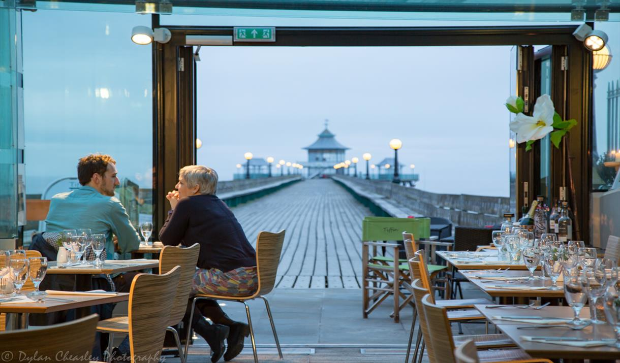 Tiffin at Clevedon Pier